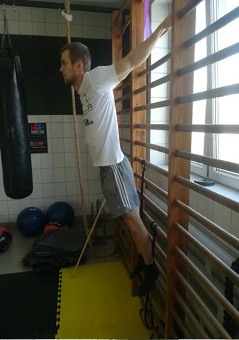 Sposób wykonania rozciągania z ćwiczenia nr 4